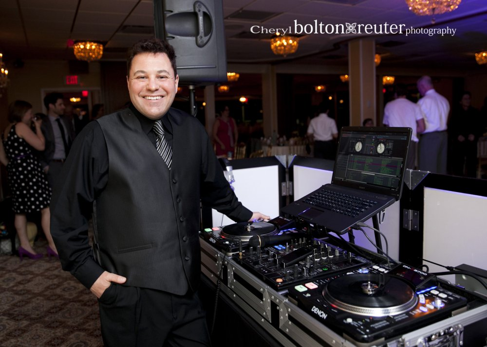 Hudson Valley Wedding DJ Bri Swatek Christo's Cheryl Bolton-Reuter Photography