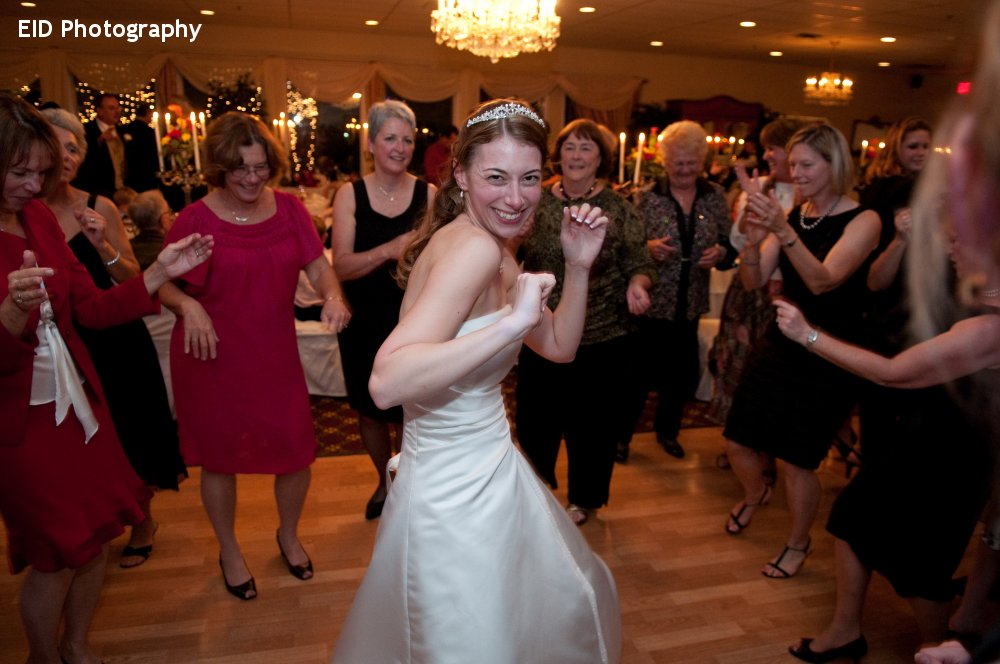 Hudson Valley Wedding DJ Bri Swatek Dance Party Le Chambord Elissa I Davidson Photography 1000