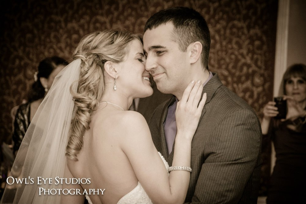 Hudson Valley Wedding DJ Bri Swatek First Dance Poughkeepsie Grand Hotel Owl's Eye Studios