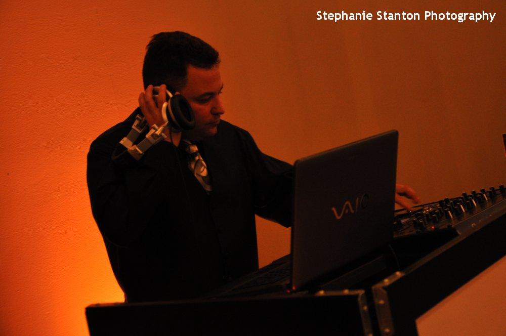Hudson Valley Wedding DJ Bri Swatek Locust Grove Stephanie Stanton