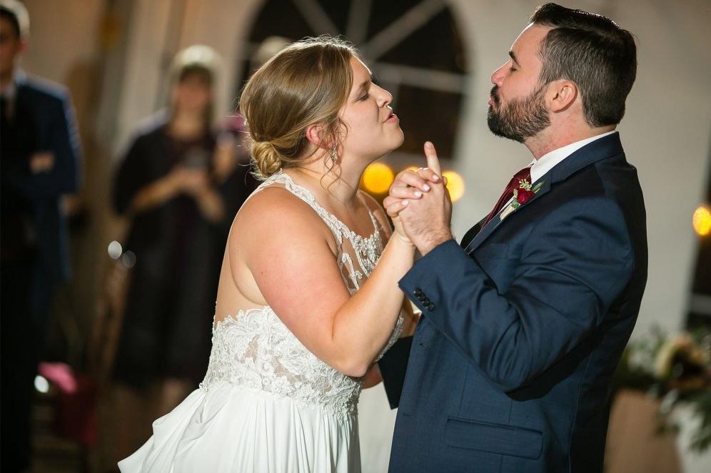 Hudson Valley Wedding DJ Bri Swatek First Dance 1 Studio 1 Photography Grandview CRBS