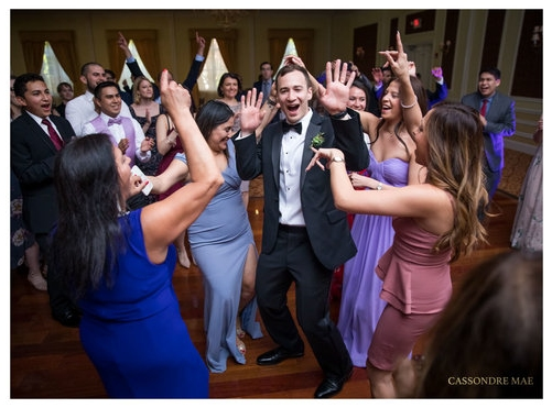 Hudson Valley Wedding DJ Bri Swatek Dance Party 2 Cassondre Mae Photography Grandview LMBW